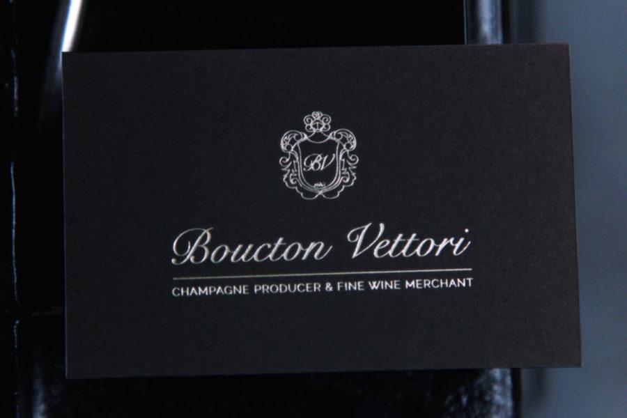 Carte De Visite Noire Epaisse Imprimee Gravure Or Blanc Par Imprimerie Intaglio Paris Pour Boucton Vettori