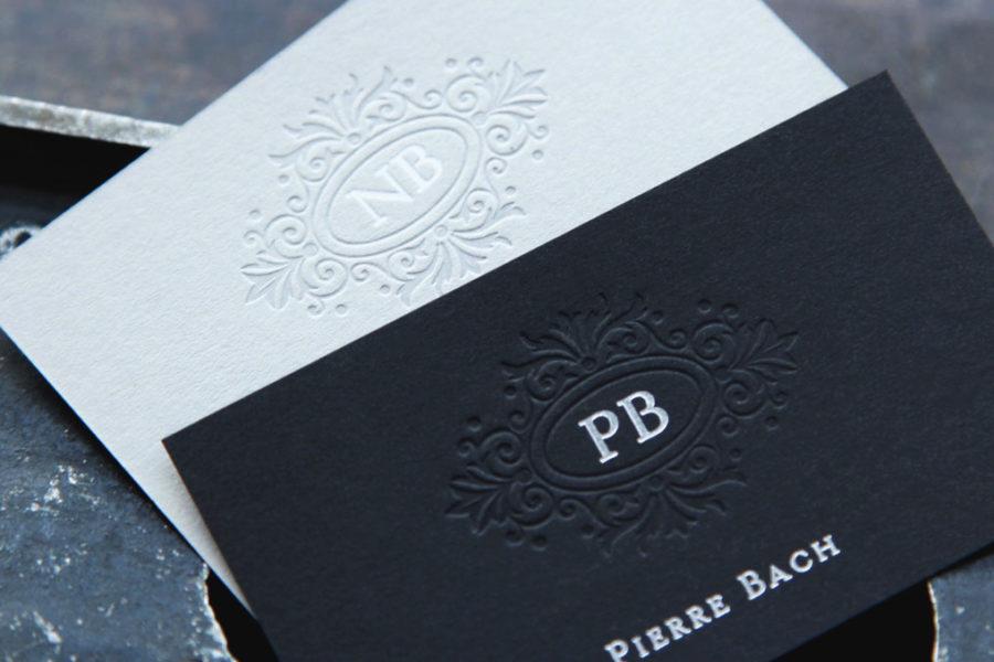 Cartes De Visite Classiques En Noire Et Blanc Pour Monsieur Madame Imprimee Avec Ornement D
