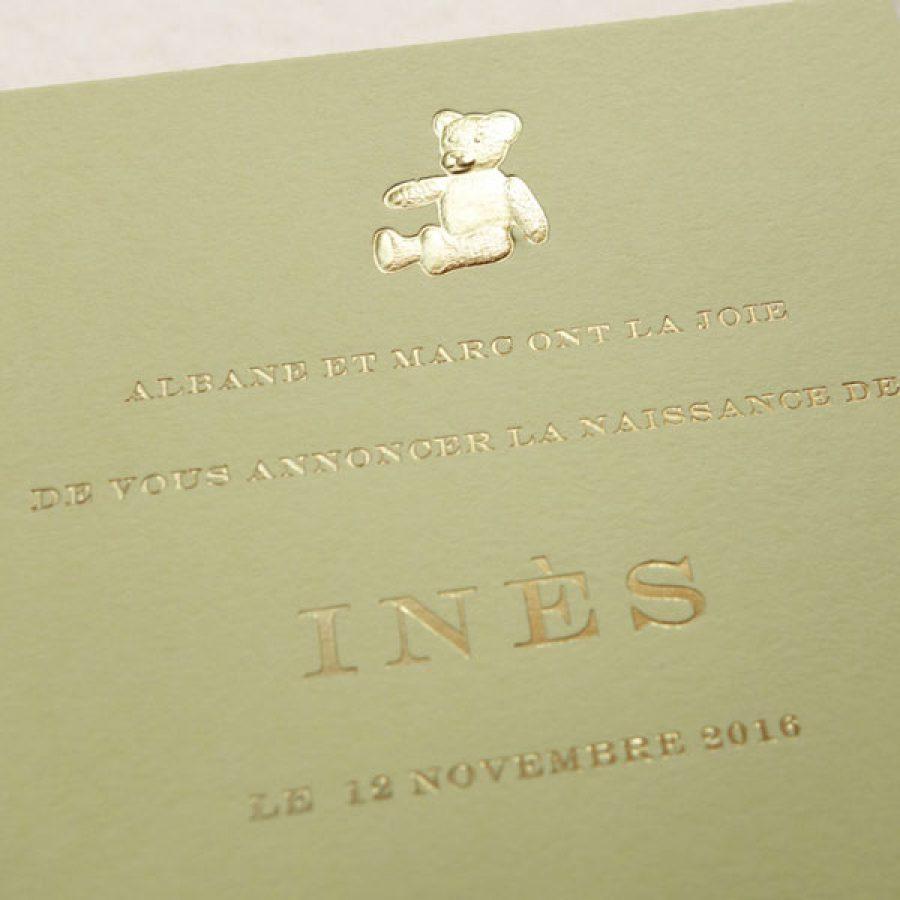 Faire-part de naissance collection médaillon ourson en dorure or sur carte de couleur Citron par Intaglio-Paris