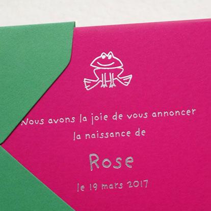 Faire-part de naissance collection Toys Grenouille en dorure argent sur carte de couleur Pink par Intaglio-Paris