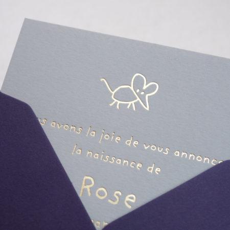 Faire-part de naissance collection Toys Souris en dorure or sur carte de couleur Grey par Intaglio-Paris