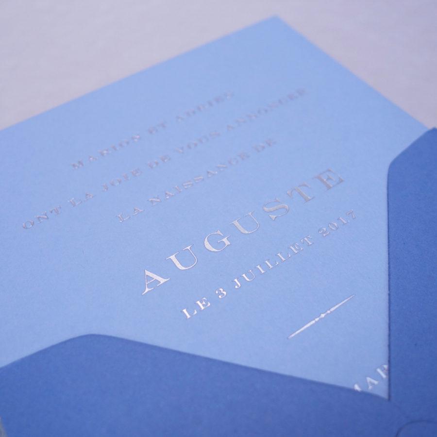 Faire-part de naissance collection Tradition Capitale en dorure argent sur carte de couleur Azur par Intaglio-Paris