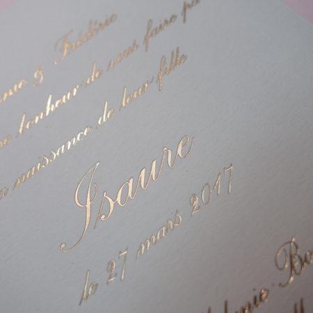 Faire-part de naissance collection Tradition Anglaise en dorure or sur carte de couleur Blanche par Intaglio-Paris
